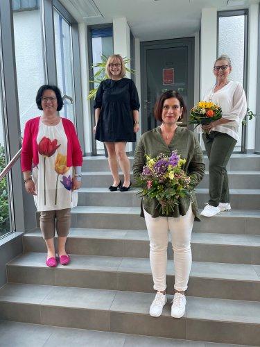 Von links nach rechts der neugewählte Vorstand: Schriftführerin Iris Schmidt, 2. Vorsitzende Gisela Meinel-Hansen, 1. Vorsitzende Alexandra Herpich, Kassiererin Claudia Maaß